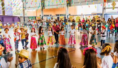 FESTA JUNINA CHROMOS 2018-102_Easy-Resize.com