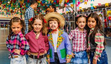 FESTA JUNINA CHROMOS 2018-119_Easy-Resize.com