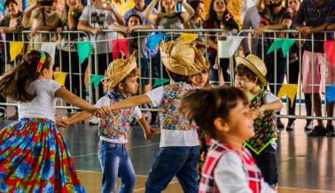 FESTA JUNINA CHROMOS 2018-22_Easy-Resize.com